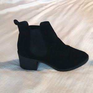 H&M booties!
